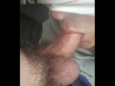 GayTwinks Blowjob